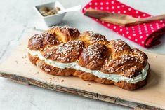 Pekoniset broilerirullat – Hellapoliisi French Toast, Food And Drink, Baking, Breakfast, Desserts, Recipes, Foods, Drinks, Morning Coffee