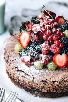 Chocolate Meringue Cake with Fresh Berries