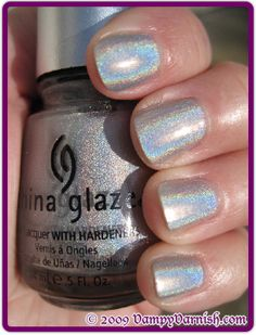 China Glaze Wireless - Holographic Top Coat : to make any polish holographic!