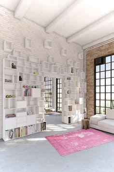 high ceilings, large window surfaces, destinctable bricks