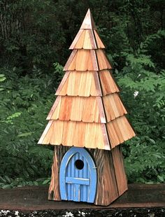 "Lord of the ""wing"" birdhouse  Bird House Ideas http://socialaffiliate.wix.com/bird-houses http://buildbirdhouses.blogspot.ca/"