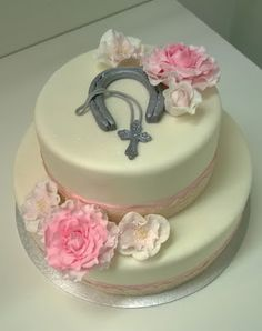 Purppurahelmen juhla- ja  fantasiakakut: Rippikakkua heppatytölle Cake, Desserts, Food, Pie, Postres, Mudpie, Deserts, Cakes, Hoods