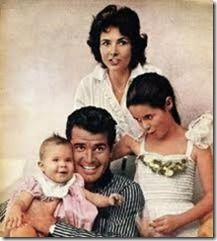 "James Garner with wife Lois Clarke and daughters Kimberly and baby Greta ""Gigi"""