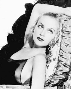 Carole Lombard Old Hollywood Stars, Old Hollywood Glamour, Golden Age Of Hollywood, Vintage Hollywood, Classic Hollywood, Hollywood Images, Hollywood Icons, Carole Lombard, Classic Actresses