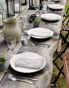Table setting for Al Fresco Dining Rustic Outdoor, Rustic Table, Outdoor Dining, Outdoor Tables, Farmhouse Table, Wood Tables, Dining Tables, Farm Tables, Outdoor Food