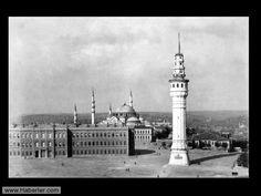 Beyazıt Meydanı 1890 lı yıllar.
