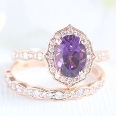 Bridal Set Vintage Floral Amethyst Engagement Ring and Scalloped Diamond Wedding Band in Rose Gold Oval Purple Gemstone Ring Set Wedding Wedding Rings Simple, Unique Rings, Purple Wedding Rings, Elegant Wedding, Purple Rings, Wedding Sets, Diy Wedding, Dream Wedding, Bridal Ring Sets