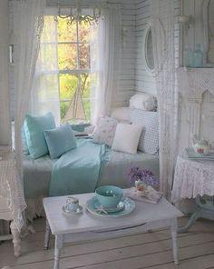 Stunning shabby chic bedroom decor ideas (31) #InteriorDesignForTheBedroom
