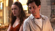 Novos episódios estreiam em outubro na Netflix Os problemas vão continuar na vida de Joe e Love, mesmo com a chegada do primeiro filho do casal. A Netflix divulgou o trailer da 3ª temporada de Você. Afinal, Joe ainda tem alguns hábitos difíceis de se livrar, como a obsessão e o assassinato, e parece que ele já tem a sua próxima vítima em mete. A vizinha Natalie (Michaela McManus) parece que irá sofrer as consequências de morar ao lado de um dos casais mais problemáticos da TV. A nova temporada t