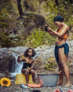 Mother, Daughter and Father Village photo by Lexonart C … – Newborn Baby Massage Beautiful African Women, African Love, African Beauty, Beautiful Black Women, African Fashion, Black Girl Art, Black Women Art, Black Girl Magic, Black Art