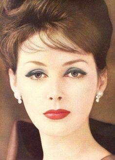 Lucinda Hollingsworth for Helena Rubenstein Cosmetics, 1960