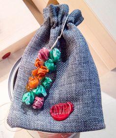AVP packaging per il brand di disegno e creazione gioielli di arte da indossare #art   #artist   #wear   #wearables   #arttowear   #gioielli   #newyork   #modena   #italy   #italian   #italianfood   #expo2015   #expomilano2015   #milano   #roma   #losangeles   #jewelry   #women   #girls   #gift   #luxury   #upcycling   #piccinini1953   #arte   #moda   #vestire   #bag      http://www.piccinini1953.com/shop