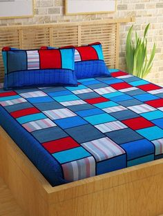 Explore a Best Bedroom Bedsheet designs At The Architecture Designs. Visit For more Bedroom designs, interior Designs, and Architecture Designs. Bed Sheet Sizes, Designer Bed Sheets, Small Modern Kitchens, Man Room, Bed Styling, Pillow Design, Dorm Room, Bedding Sets, Home Furnishings