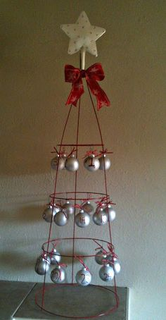 Tomato Cage tree - a fun way to decorate the outside