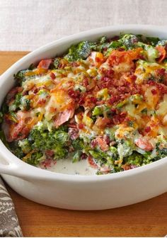Creamy Broccoli-Bacon Bake -- Shredded Cheddar cheese and bacon bits give our tasty broccoli bake recipe its creamy, smoky appeal. Creamy Broccoli-Bacon Bake -- Shredded Cheddar cheese and bacon bits give our ta. Cynthia Let's Eat! Think Food, I Love Food, Good Food, Yummy Food, Side Dish Recipes, Low Carb Recipes, Cooking Recipes, Healthy Recipes, Dinner Recipes