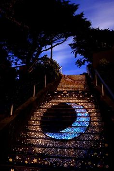 Mosaic tiled staircase of Avenue & Moraga Street in San Francisco, California, USA. This is only a part of 163 separate mosaic panels but so beautiful! Stairway To Heaven, Mosaic Stairs, Tiled Staircase, Tile Steps, Belle Villa, Exterior, Mosaic Art, Mosaic Tiles, Stairways