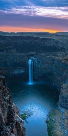 Palouse Falls sunrise on the Palouse River in southeastern Washington • photo: Jim Ross on 500px by samanthasam