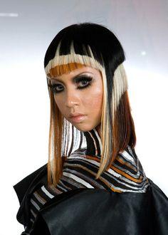 Sehe dir jetzt auf www.my-hair-and-me.de an was alles möglich ist beim Haare färben
