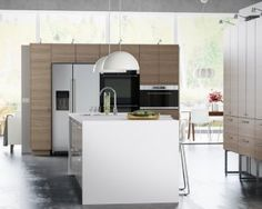 Contemporary and Traditional Kitchen Designs Traditional Interior, Traditional Kitchen, Hidden Microwave, White And Gold Decor, Pink White, White Gold, Ikea Kitchen Cabinets, Kitchen Island, Kitchen Decor