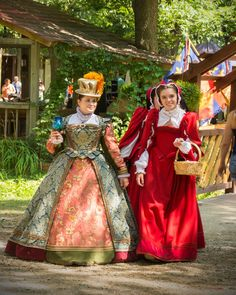 Elizabethan Clothing, Elizabethan Costume, Renaissance Fair Costume, Renaissance Era, Renaissance Fashion, Medieval Dress, Historical Clothing, 16th Century, Tudor