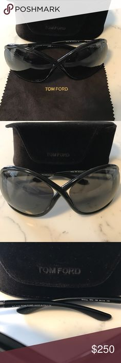Tom ford sunglasses New worn only a few times Tom Ford black frame sunglasses Whitney TF9 100% authentic Tom Ford Accessories Sunglasses