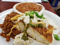 Best Austin dive bars with great food