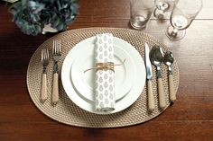 Natural elements are a great addition to a place setting