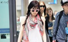http://okpopgirls.rebzombie.com/wp-content/uploads/2013/08/SNSD-Tiffany-airport-fashion-August-18-2.jpg