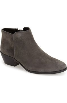 2b05cb41f05a61 85 best Shoes  images on Pinterest in 2018