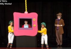 I like the idea of making the tv so Mike can actually be pushed around in it. Charlie Chocolate Factory, Wonka Chocolate Factory, Roald Dahl Activities, Willy Wonka Costume, Roald Dahl Day, Valentine Crafts For Kids, School Play, Stage Set, Kids Tv