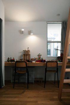 子供部屋 Mirror, Furniture, Home Decor, Interior Design, Home Interior Design, Arredamento, Mirrors, Home Decoration, Decoration Home