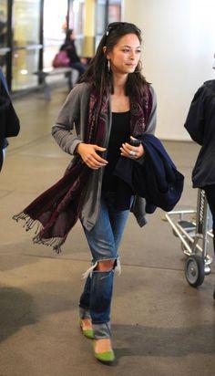 Kristin Kreuk - Cute airport outfit!