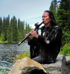Charles near Trillium Lake, Oregon, playing an exotic African Black Gabon Ebony Native American flute. #trilliumlake #blackebony #charleslittleleaf #NativeAmericanflute