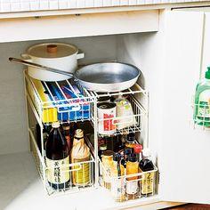 スペースフル活用で取り出しもスムーズ!|食材も調理器具もまとめて収納 シンク下引き出し収納ラックの会