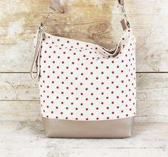 Punkte zählen: Umhängetasche aus Baumwolle / cotton shopper bag, with dos, polka dots by Miyas-Accessoires via DaWanda.com