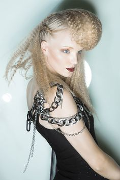 lola-lopez - My Collection by Schwarzkopf Professional. Photo by David Arnal Photographer-pin it by carden Creative Hairstyles, Up Hairstyles, Love Hair, Big Hair, Pelo Editorial, Tribal Hair, Avant Garde Hair, Crimped Hair, Hair Products Online