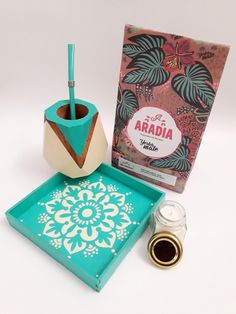 Decoration, Stuff To Do, Diy And Crafts, Mandala, Packaging, Branding, Wooden Box Designs, Wooden Signs, Painted Boxes