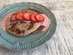 Los panqueques o panquecas de avena son una excelente opción para desayuno, postre o colaciones. Panqueques de kiwi, frutillas y chía