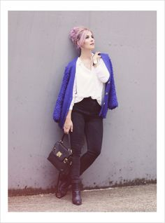 White Blouse, Classic Look, Fall Style, Fall Fashion, Autumn Look, Rosa Haare, Pink Hair