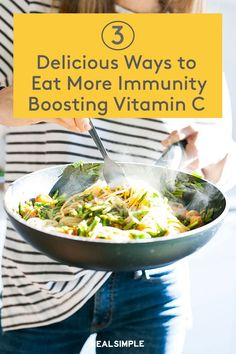3 Delicious Ways to Eat More Immunity-Boosting Vitamin C | These are the best ways to eat more vitamin-C in your homemade meals with these three immune-supporting dishes. Plus, these healthy meal ideas can be made ahead and with frozen ingredients. #realsimple #healthyfood #healthydiet #healthytips #nutritiontips #healthyrecipes Vitamin C Foods, Best Vitamin C, Vitamin C Benefits, Low Sugar Recipes, Keto Recipes, Healthy Steak Recipes, Easy Smoothies, How To Eat Better, Healthy Pumpkin
