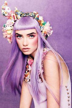 Kedvencünk: a #lila haj / Our favorite is #purple hair  forrás: Teen #Vogue