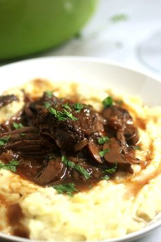 Wine Braised Short Ribs with White Cheddar Mashed Potatoes | Life As A Strawberry