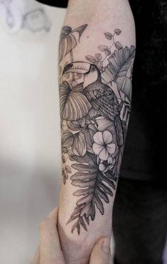 Tropical Flower Tattoos, Hibiscus Tattoo, Mini Tattoos, Leg Tattoos, Body Art Tattoos, Tattos, Tropisches Tattoo, Piercing Tattoo, Sleeve Tattoos For Women