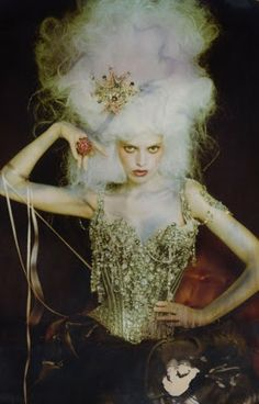 Christian Lacroix: Marie Antoinette inspired Haute Couture Fashion S/S 1996 - corset and pompedore