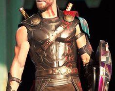 Thor Ragnarok Cosplay