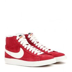Nike Nike Blazer Mid Vintage Suede High-Top Sneakers ($105) ❤ liked on Polyvore featuring shoes, sneakers, flats, red, nike high tops, red flats, high top sneakers, red suede flats and nike trainers
