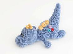 Rekhan Afridi Kawaii Crochet, Crochet Disney, Cute Crochet, Crochet Crafts, Crochet Baby, Crochet Projects, Knit Crochet, Crochet Patterns Amigurumi, Amigurumi Doll