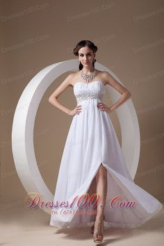 must-have Prom Dress in Morgantown    wedding gown   bridal gown   bridesmaid dresses  flower girl dresses discount dresses on sale  cocktail dresses beautiful nightclub dresses long prom dresses 2013 short prom drchic Prom Dress in New Hampshire  esses 2