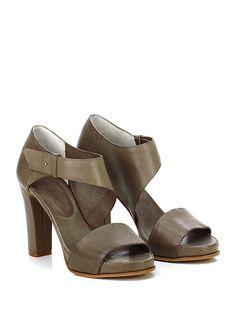 ROBERTO DEL CARLO - Sandalo alto - Donna - Sandalo alto in pelle vintage con finto cinturino elasticizzato alla caviglia e suola in cuoio. Tacco 110, platform 20 con battuta 90. - FANGO - € 377.00