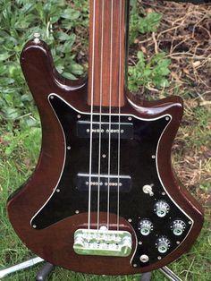 1977 Guild B302F fretless bass guitar Guild Guitars, Bass Guitars, Electric Guitars, Jazz Guitar, Cool Guitar, Telecaster Bass, 12 String Guitar, Guitar Stand, Guitar Collection